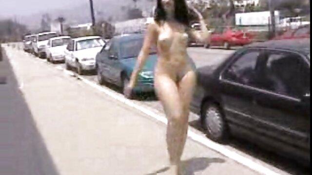 白いマスターは黒人女性に性奴隷を与えた 動画 エッチ 女性